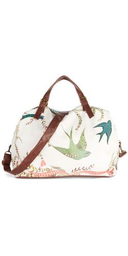 Girl-Meets-Voyage-Weekend-Bag